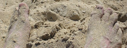 Sand-an-den-Fuessen